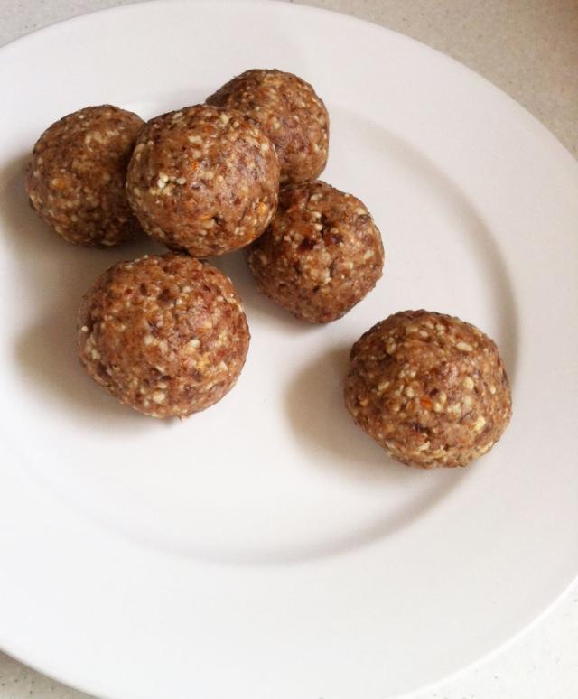 Choc-Fruit-Protein-Balls