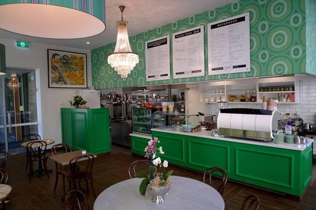 Cafe Lola 2